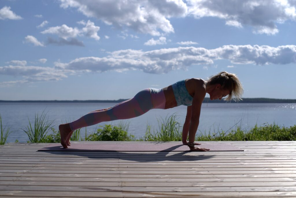 plank is a great minimum exercise